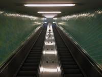 http://larsreinholdt.dk/files/gimgs/th-35_escalator_web.jpg
